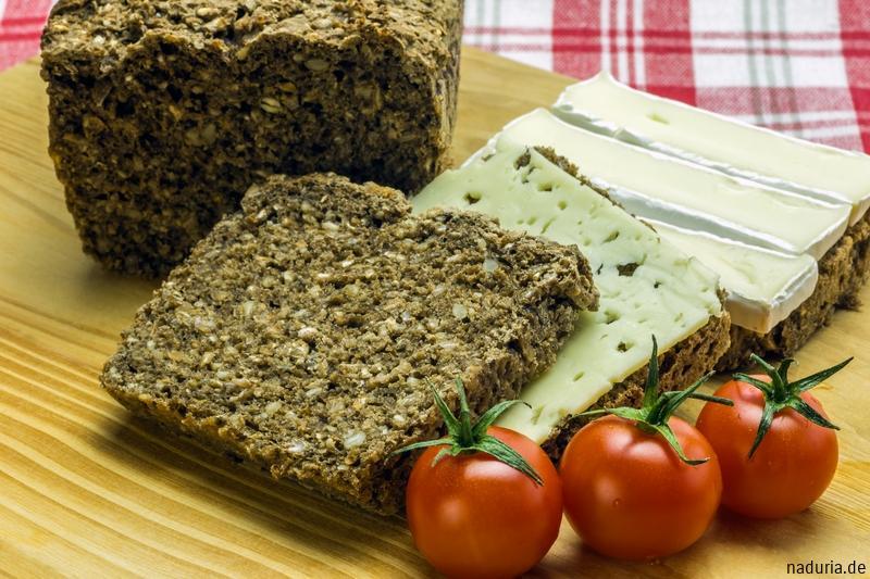 Chia-Sesam-Brot